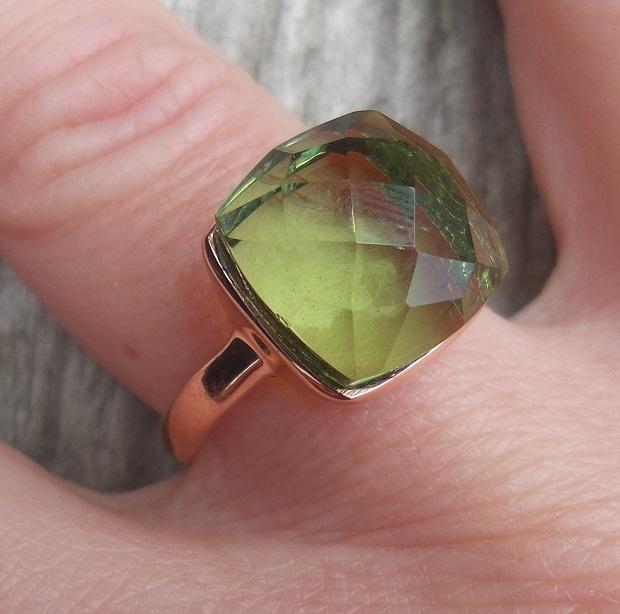 Super Rosé vergulde ring gezet met groene Amethist | Sieraden met groene  #RB29